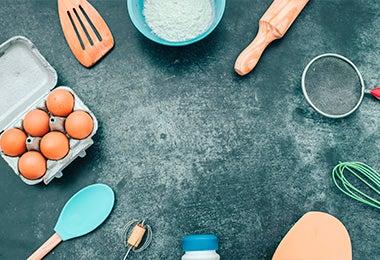 Ingredientes y utensilios para hacer donas caseras