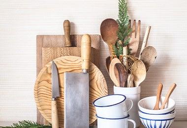 Elementos de cocina con porta utensilio